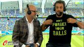 高清图:贝里内利客串解说 马刺射手乃国米球迷