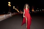 老牌超模Isabeli Fontana这一季是要有多红火?高端代言陆续有,现在又轮到了高街品牌Man...
