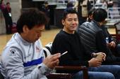 高清:北控将帅奥体观战篮球 杨晨路姜笑对镜头