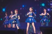 """在香港回归20年之际,以""""梦之夜·青葱再出发""""为主题的2017香港青年音乐节于6月30日在香港红馆唱..."""