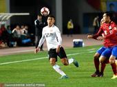 高清:建业0-0华夏 张呈栋奋力拼抢双方黄牌不断