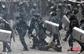 乌克兰骚乱持续多名示威者丧生