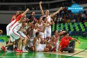 高清图:西班牙女篮晋级决赛 斗牛女将肆意庆祝