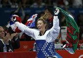 高清:女子跆拳道侯玉琢摘银 英国冠军挥舞国旗