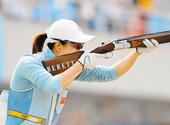 组图:魏宁举枪冲击奥运金牌 飞碟一姐信心十足