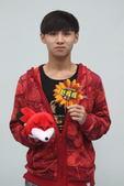《向上吧!少年》20强 入围选手与小狐狐合影