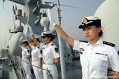 当地时间1月7日上午,海军第二十一批护航编队柳州舰、三亚舰和青海湖舰抵达巴基斯坦卡拉奇,进行为期5天...
