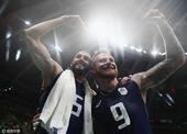 组图:男排半决赛意大利逆转美国 队员举臂高呼