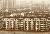 美国商业内幕网站基于一份称中国在大量建设现代金字塔的研究报告,通过卫星图片展示了一些他们所认为的中国...