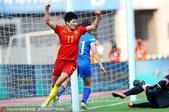 6月11日下午16:00,中国女足与芬兰女足的友谊赛在常州奥林匹克体育中心举行。上半场,芬兰先开记录...
