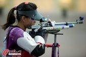 高清图:女子10米气步枪资格赛 易思玲屈居第二