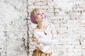 """搜狐娱乐讯 """"全民队长""""林明祯音乐能量蓄势待发,将在四月底发行全新EP。近来她闭关配唱、练舞,更大动..."""