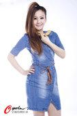 高清图:御姐宝贝挥拍助国羽 手拿香蕉为哪般?