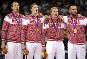 北京时间2012年8月12日,伦敦奥运会男排决赛,俄罗斯3-2巴西夺冠。   更多奥运视频>> ...
