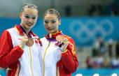 高清图:双人花游俄罗斯摘金 中国组合喜获铜牌