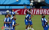 高清图:洪都拉斯队备战训练 球员认真一丝不苟