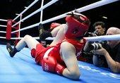 高清图:李金子半决赛告负摘铜 赛中两次被击倒