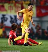 高清图:韩国3-2中国 蒿俊闵圆月弯刀于海爆射