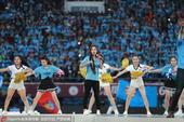 高清:天津权健举行冲超庆典 足球宝贝劲歌热舞