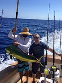 组图:厉害!斯滕森巴哈马度假期间钓上巨大鱼