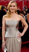 独一无二的黄钻项链、奢华高贵的镶钻手镯……好莱坞女星每次亮相红毯时所佩戴的华美珠宝从来都是受众人瞩目...