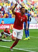 高清图:瑞士队胜厄瓜多尔 塞菲洛维奇补时绝杀