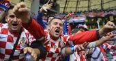 克罗地亚球迷劣迹:唱种族主义歌曲 绘纳粹标志