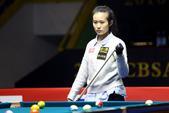 高清图:中式台球中国公开赛 王也击球表情专注