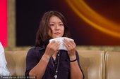 2012年7月12日,北京,李娜夫妇做客鲁豫有约品尝武汉小吃,谈及梦想现场飙泪。
