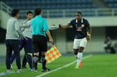 高清:北控0-4人和 阿约维破门与教练击掌庆祝
