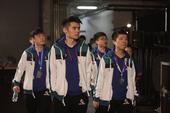 组图:TI7总决赛NewBee获亚军 选手难掩落寞神色