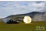 解放军96A坦克开火 疑打出炮射导弹