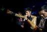 古巨基澳门音乐会台上变月老 助歌迷求婚成功