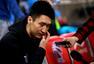 高清图:北京队备战气氛严肃 马布里左膝裹冰袋