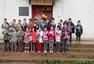 湖南省侗族金坑小学孩子收到139双运动鞋