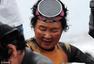 韩国海女无装备屏息潜海十几米 现成功申遗