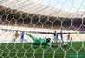 高清图:哥伦比亚3-0希腊 队员叠罗汉庆祝进球