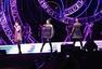 S.H.E演唱会台湾首站出航 Selina重现排舞秀