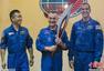 高清:美俄日三国宇航员合影 太空传递冬奥火炬