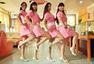 青岛短裙女护士美女版小苹果 秀性感舞姿(组图)