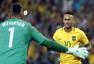 高清图:巴西点杀德国夺金 赛后内马尔泪流满面