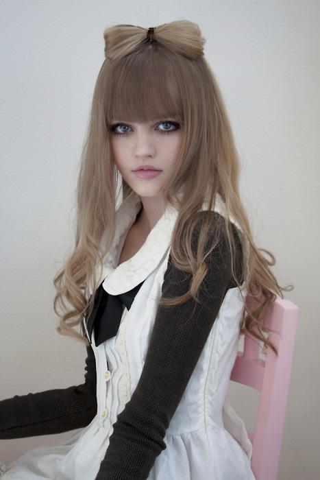 那些美爆了-美国年仅16岁的真人芭比kotakoti!(1/18)