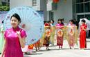 上海市民旗袍迎世博