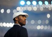 8月8日晚的奥运会开幕式,美国代表团徐徐进场,最吸引人的是NBA巨星科比,也有飞人盖伊。新华社记者 李尕/摄