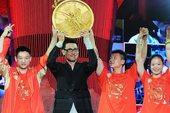 8月23日晚,张学友在北京世贸天阶奥运文化广场献唱。摄影 郝志宾