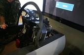 飞行员模拟训练使用的国产三代机模拟座舱