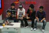 """2010年10月20日,""""快乐男声""""谭杰希、李炜、王野、刘心做客搜狐视频《明星在线》节目。刚刚发行快..."""