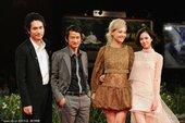 图文:《挪威的森林》首映 导演携妻子及演员出席典礼(1)