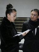 前日,李湘和王岳伦出席了星光大典,李湘与王岳伦两人十分光鲜的亮相红毯就引起红毯两旁观众和记者们的关注...