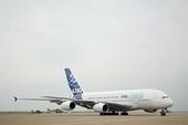 空中客车公司A380客机抵达珠海航展